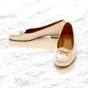 Stuart Weitzman Cream White Leather Loafers Flat